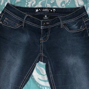 Juniors jeans.